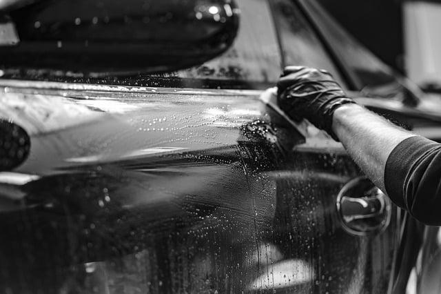 How to Clay Bar a Black Car